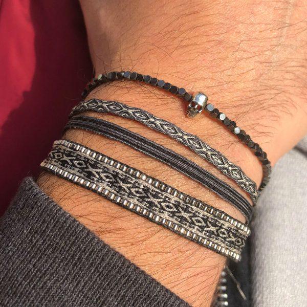 bracelet-artisanal-homme-tissu-noir-perles