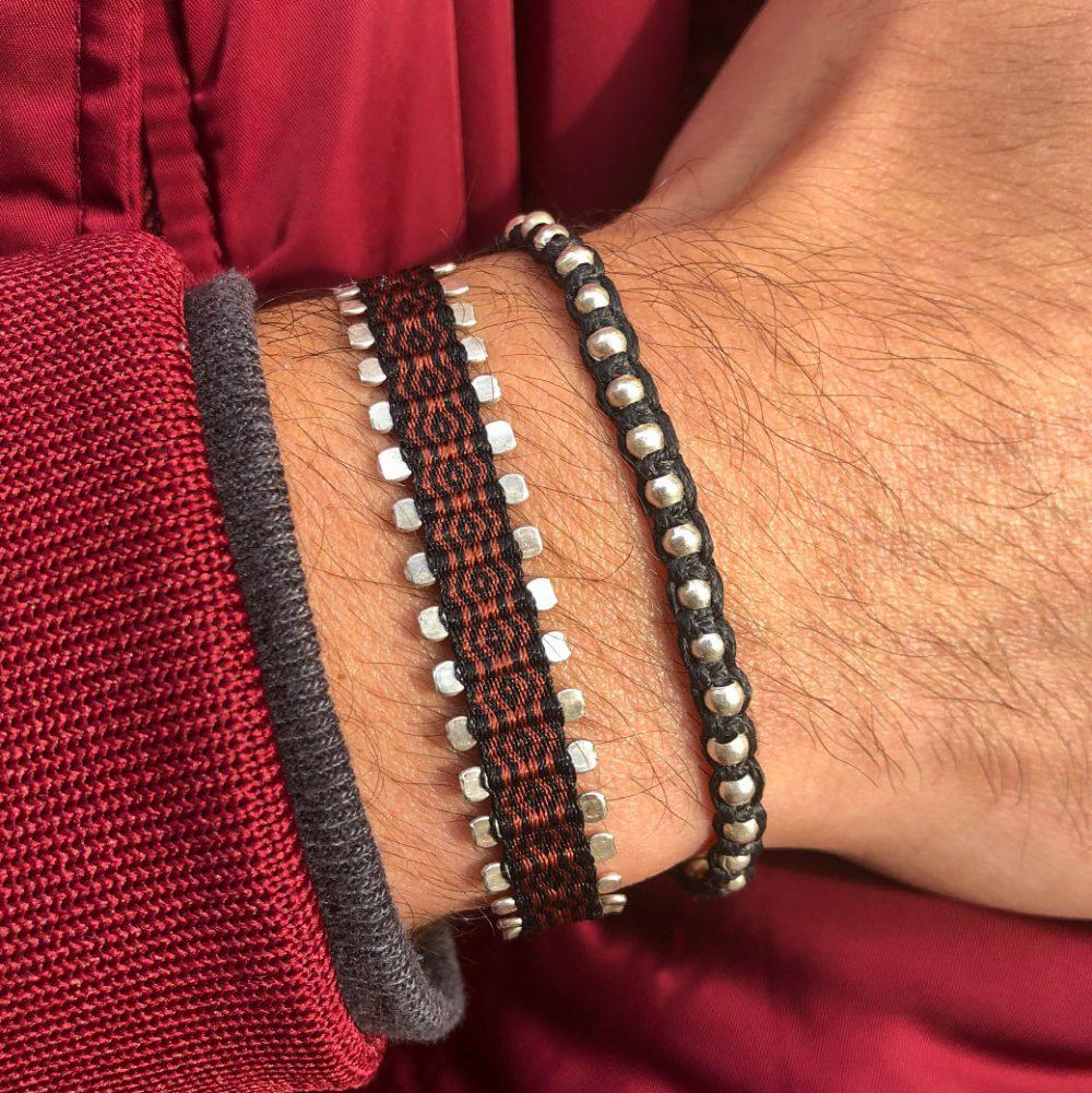 bracelet-fin-macrame-homme-noir-billes-argent